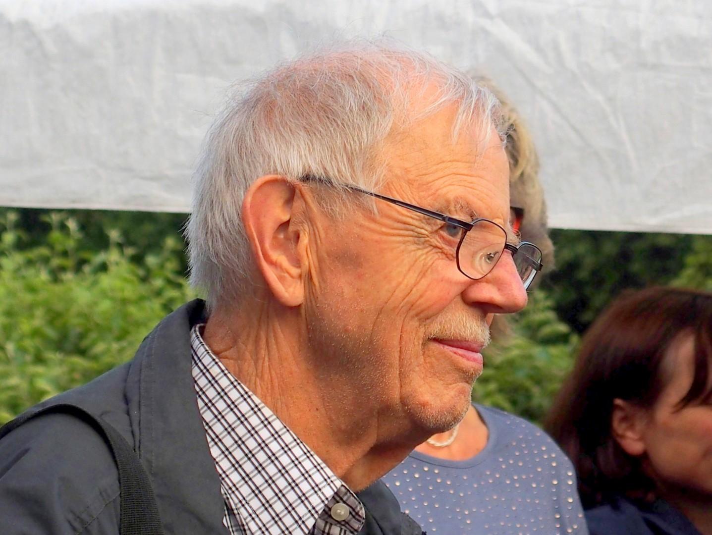 Siegfried Hausdorf Personensuche Kontakt Bilder